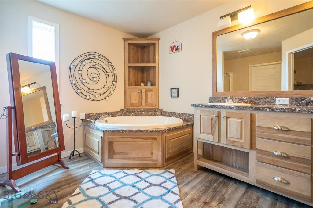 14 Pony Lane, Livingston, Montana 59047